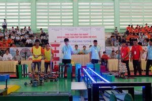 Sôi động cuộc thi sáng tạo Robot dành cho học sinh trung học