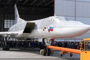 Không quân vũ trụ Nga sẽ nhận 'siêu' oanh tạc cơ tên lửa Tu-22M3M năm 2021