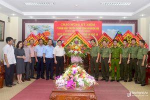Lãnh đạo tỉnh chúc mừng Ngày truyền thống Công an nhân dân