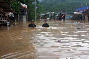 Ít nhất 6 người chết và mất tích do mưa lũ tại Sơn La, Nghệ An