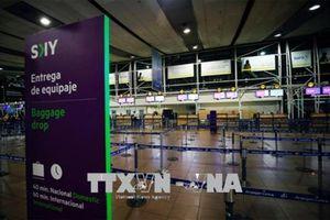 Bị đe dọa cài chất nổ, hàng loạt chuyến bay của Chile hạ cánh khẩn cấp