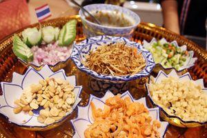 Đặc sản ẩm thực Thái Lan 'đến' Hà Nội: Thơm ngon và đẹp như tranh