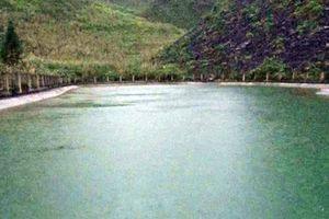 Hà Giang: Nhảy xuống hồ cứu trẻ đuối nước, 2 vợ chồng chết thảm