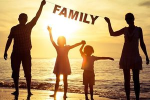 Hãy yêu thương và đền đáp cha mẹ khi còn có thể