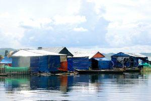 Những mảnh đời ở xóm Điếu Ngư đã thỏa nguyện được lên bờ