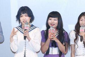 Bất chấp dư luận, 'nhóm nhạc xấu nhất Trung Quốc' tổ chức họp fan