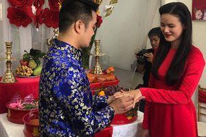 Vợ chồng Lê Thúy và dàn mẫu 'Next Top' xuất hiện trong lễ đám hỏi của Tuyết Lan sáng nay