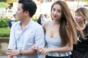 Sự thật việc Nhã Phương đính hôn với Trường Giang ngày 24/8