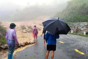 Áp thấp sau bão gây mưa lớn, nhiều nơi bị cô lập