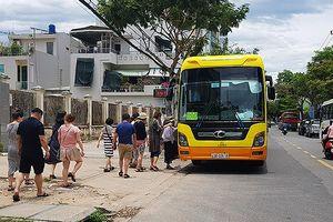 Đà Nẵng: Lắp camera trên xe du lịch ngăn HDV Trung, Hàn hoạt động trái phép