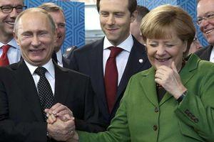 Châu Âu, Mỹ thay đổi, bà Merkel sẽ hành động khi gặp Putin?