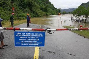 Nghệ An: Nhiều tuyến Quốc lộ bị chia cắt do mưa lũ