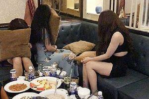 Đột kích nhà hàng khách sạn ở Sài Gòn, phát hiện nữ tiếp viên phục vụ khách mua dâm với giá 5 triệu đồng/lượt