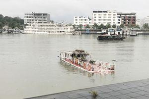 Chấm dứt hoạt động đối với tàu du lịch bị đắm trên vịnh Hạ Long