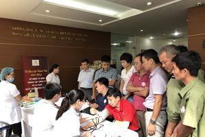 Hơn 300 người tham gia chương trình 'Mỗi giọt máu, một tấm lòng'
