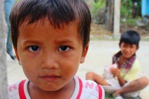 'Bốn mùa áo mới cho em': Ước mơ của những đứa trẻ Bana