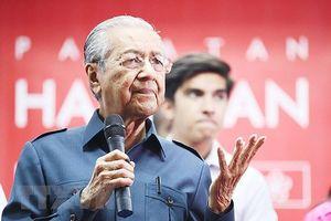 Chính phủ mới Malaysia đã thực hiện những cam kết chủ chốt với cử tri