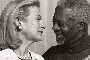 Người phụ nữ đồng hành cùng cựu Tổng thư ký LHQ Kofi Annan suốt 30 năm qua là ai?