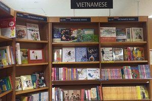 Khai trương gian trưng bày sách Việt tại đất nước Mặt trời mọc