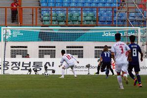 Hàng thủ Nhật Bản sai lầm ngớ ngẩn, Quang Hải nhanh chân mở tỷ số