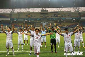 Bóng đá Việt Nam thắng trận đấu lịch sử trước Nhật Bản