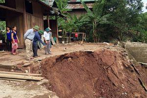 13 người chết và mất tích do bão số 4