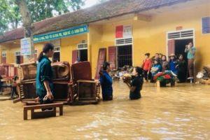 Người dân khốn khổ sau đợt lũ kinh hoàng tại Nghệ An