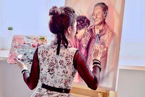 Nữ họa sĩ 9X nổi tiếng khắp Malaysia nhờ vẽ chân dung Thủ tướng Mahathir Mohamad