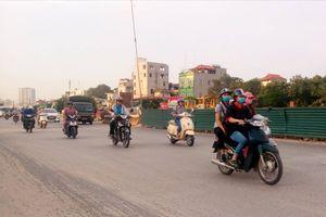 Hà Nội: Chất lượng không khí khu vực Phạm Văn Đồng gần mức kém