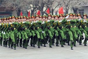 Làm thất bại mưu đồ đòi phi chính trị hóa lực lượng vũ trang
