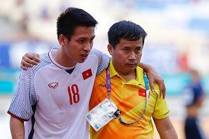 Đỗ Hũng Dũng nghỉ 1 tháng, Olympic Việt Nam 'thiệt đơn, thiệt kép'