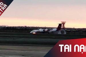 Máy bay bất ngờ bị cháy lốp khi đang cất cánh