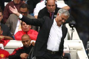 Mourinho có lại đi vào vết xe đổ với MU?