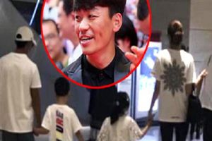 'Vua phim hài' Trung Quốc sau vụ vợ 'cắm sừng' bị phát hiện có bồ trẻ