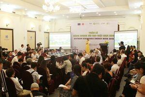 'Mở đường cho Năng lượng tái tạo đến từng gia đình Việt'