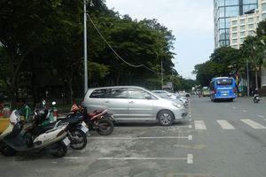 Có thất thoát trong thu phí đỗ xe ô tô dưới lòng đường ở TPHCM