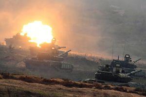 Phô trương sức mạnh chưa từng có, Nga khiến đối thủ 'ngả mũ bái phục'?
