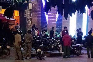 Giang hồ bao vây quán bar ven Sài Gòn, chém nhiều người