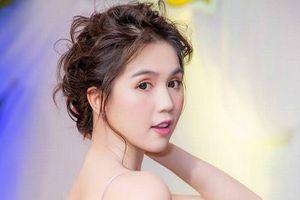 Ngọc Trinh khoe vẻ đẹp vạn người mê tại Hà Nội
