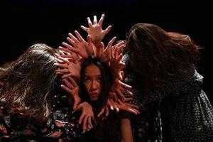 'Làm cho vui', vở múa 'Đáy mắt' có hút khán giả?