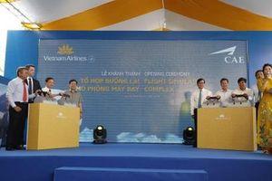Cận cảnh tổ hợp buồng lái mô phỏng máy bay đầu tiên tại Việt Nam