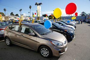 Người Mỹ tin bài đánh giá hơn thông số kỹ thuật khi chọn mua ô tô