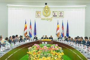 Thủ tướng Campuchia gặp gỡ lãnh đạo các chính đảng