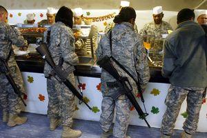 Lính thủy đánh bộ Mỹ nỗ lực chống béo phì