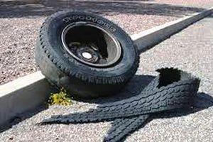 Nghệ An: Nổ lốp ô tô, chủ gara văng cao 3 mét, tử vong tại chỗ