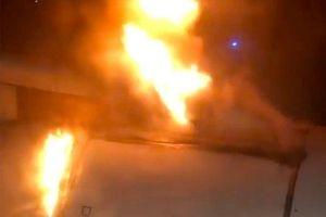 Clip: Máy bay bốc cháy ngay khi vừa cất cánh