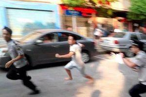 Con gái chủ quán bị chém trọng thương khi người lạ tấn công khách
