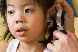 Sai lầm hay gặp khi xử trí viêm tai giữa ở trẻ
