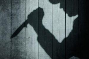 Chồng đâm chết vợ vì không cho đem xe máy đi cầm đồ