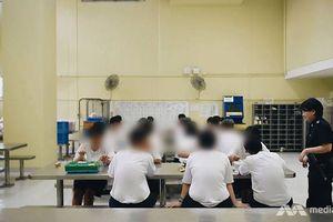 Những bức ảnh chưa từng có bên trong trại giam nữ duy nhất ở Singapore